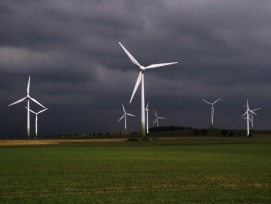 Dunkle Wolken über dem Windparkprojekt auf dem Lindenberg: Die Luzerner fühlen sich von den Aargauern hintergangen (Symbolbild).