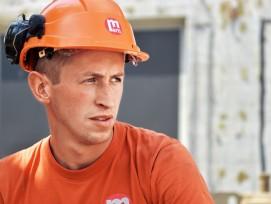 Wissensdurst: Nach zwei erfolgreichenLehrabschlüssen drückt Oliver Zehnderbald die nächste Schulbank.