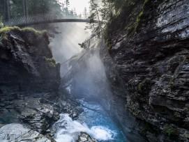 Wasserfallbrücke von Jürg Conzett am Trutg dil Flem oberhalb von Flims