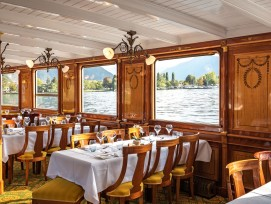 Speisesaal des Genfersee Dampfschiffes Italie