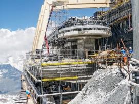 Baustelle zur neuen Dreiseilumlaufbahn am Klein Matterhorn.