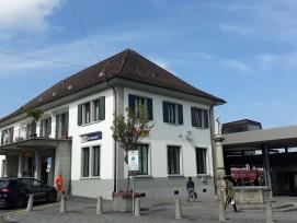 Bahnhofsgebäude in Einsiedeln.