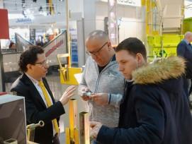 Der intensive Kontakt zu den Kunden ist für Pino Albanese die Basis für den Erfolg des Unternehmens.