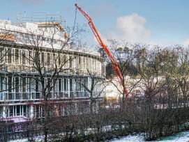 Als Stütze des Hochbaus erwiesen sich erneut die Renditeliegenschaften, weniger die Segmente Schulen und Spitäler. Bild: Umbau eines Gebäudes in Sood-Oberleimbach.