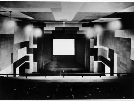 Innenraum Kino EOS.