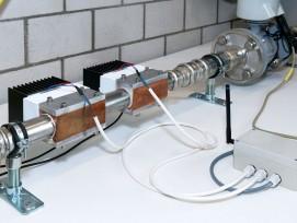 Der Prototyp des Adawim-Sensors in der Eawag-Versuchshalle.