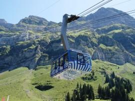 Luftseilbahn auf den Säntis im Appenzellerland.