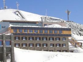 Teaserbild SLF-Gebäude Weissfluhjoch