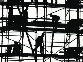 Gerüst auf Baustelle