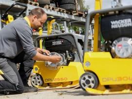 Wacker Neuson bietet mit «WeCare» in der Schweiz ein umfassendes Servicepaket für alle Maschinen. Sie werden überwacht und fachmännisch gewartet.