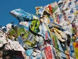 Brachliegender Rohstoff: Getränkekartons werden in der Schweiz noch nicht recycelt. (Bild: getraenkekarton.de)