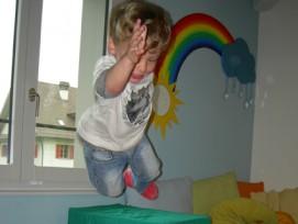 Kinder Spass und Freude Bewegung