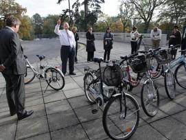 Safety First: Auch die Belegschaft der US-Amerikanischen UNO-Mission in Genf erhalten Sicherheitsinstruktionen bevor sie ihre E-Bikes nutzen können. (Bild: Dominique Nicolas/flickr)