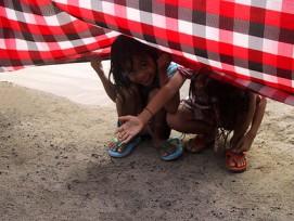 Bettelnde Kinder sind oft Opfer von Menschenhändlern. Sie brauchen kein Geld, sondern Hilfe. (Bild: Flickr)