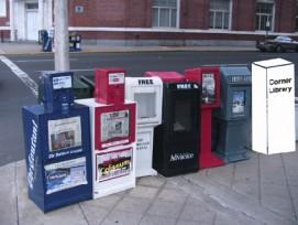 Zeitungsbox, Zeitungsbox, Zeitungsbox, Literaturbox?