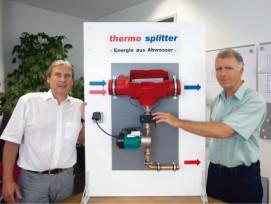 Auch was logisch scheint, muss erst einmal erfunden werden: Ernst Bärenstecher (links) und Erhardt Wächter mit dem Protoypen des