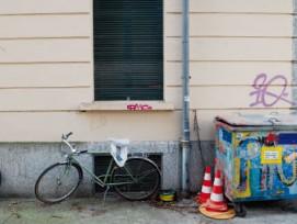 """Tags im Berner Länggassquartier: Wer sprayt, liefert auch Aufschlüsse über seine """"Handschrift"""" (Bild: Michael Staub)"""