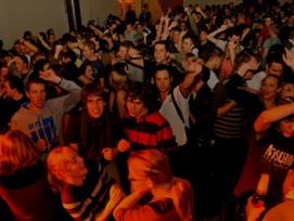 Wer in der Stadt St. Gallen ein Fest im öffentlichen Raum organisieren will, kann die Bewilligung neu auf einer Internetplattform einholen.
