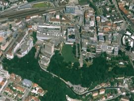 Gratis Wifi: Der Kanton Fribourg offeriert für ein Jahr einen kostenlosen Internetzugang im Gebiet Schützenmatte (Grand-Places) in Freiburg (im Bild) und im Zentrum von Bulle.