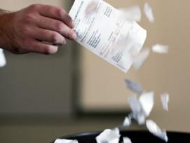 Adieu Papier: Künftig kann die Steuerrechnung in Zürcher Gemeinden elektronisch zugestellt werden.