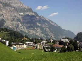 Wo kann ich bauen? Für den Kanton Glarus ist diese Frage ab sofort einfach auf einer Online-Baulanddatenbank zu beantworten.