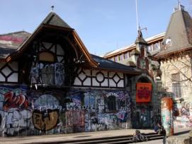 Umstrittenes Kulturzentrum: Die Reitschule ist vielen Bernern ein Dorn im Auge, dennoch ist sie im Quartier Schützenmatte eine feste Grösse.