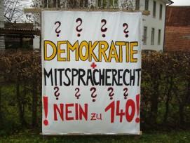 Im Kanton Aargau fehlen 400 Unterbringungsplätze für Asylbewerber. Nicht zuletzt darum weil die Gemeinden, wie hier Bettwil Ende 2011, sich weigern genügend Asylsuchende aufzunehmen.