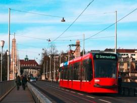 Ausgeträumt: Wegen dem Nein aus Köniz und Ostermundigen wird das Berner Tram 10 eine Visualisierung bleiben und die Linie weiterhin von einem Bus bedient.