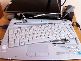 Zerstörter Laptop