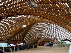Die Multihalle in Mannheim ist bis heute die grösste freitragende Holzgitterschalenkonstruktion der Welt.