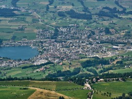 Luftbild von Küssnacht im Kanton Schwyz.