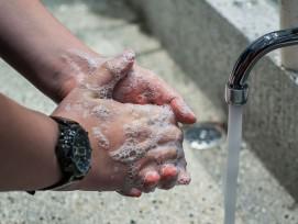 Händewaschen (Symbolbild)