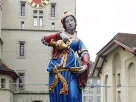 Figur des Anna-Seiler-Brunnens in Bern