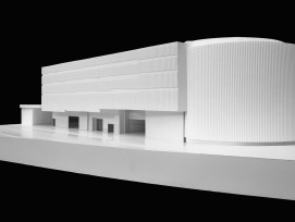 Modell des neuen Mehrzweckgebäudes