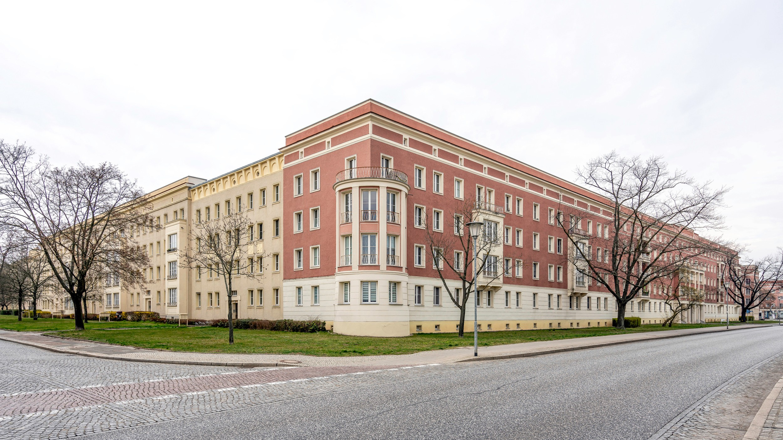 Architekturführer Eisenhüttenstadt 4