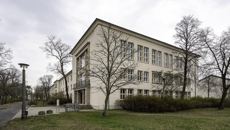 Architekturführer Eisenhüttenstadt 15