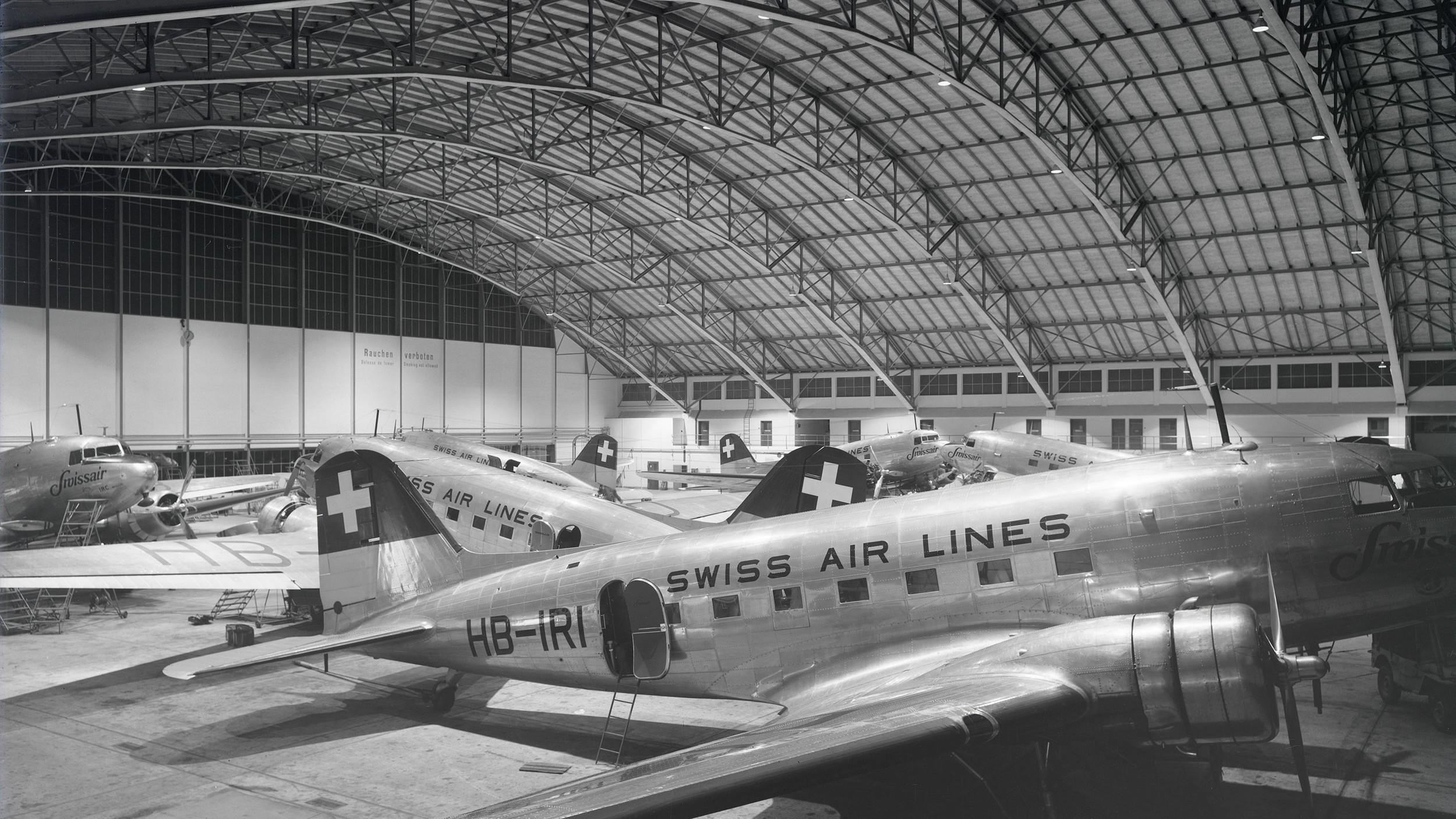 Bogenhangar um 1947
