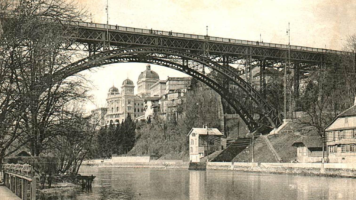 Kirchenfeldbrücke in der Stadt Bern um 1907