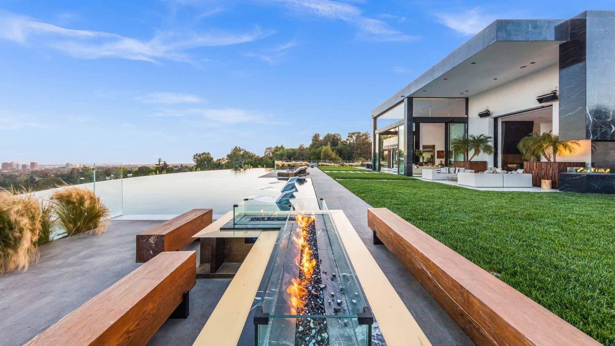Palazzo Di Vista Terrasse mit Infinity-Pool