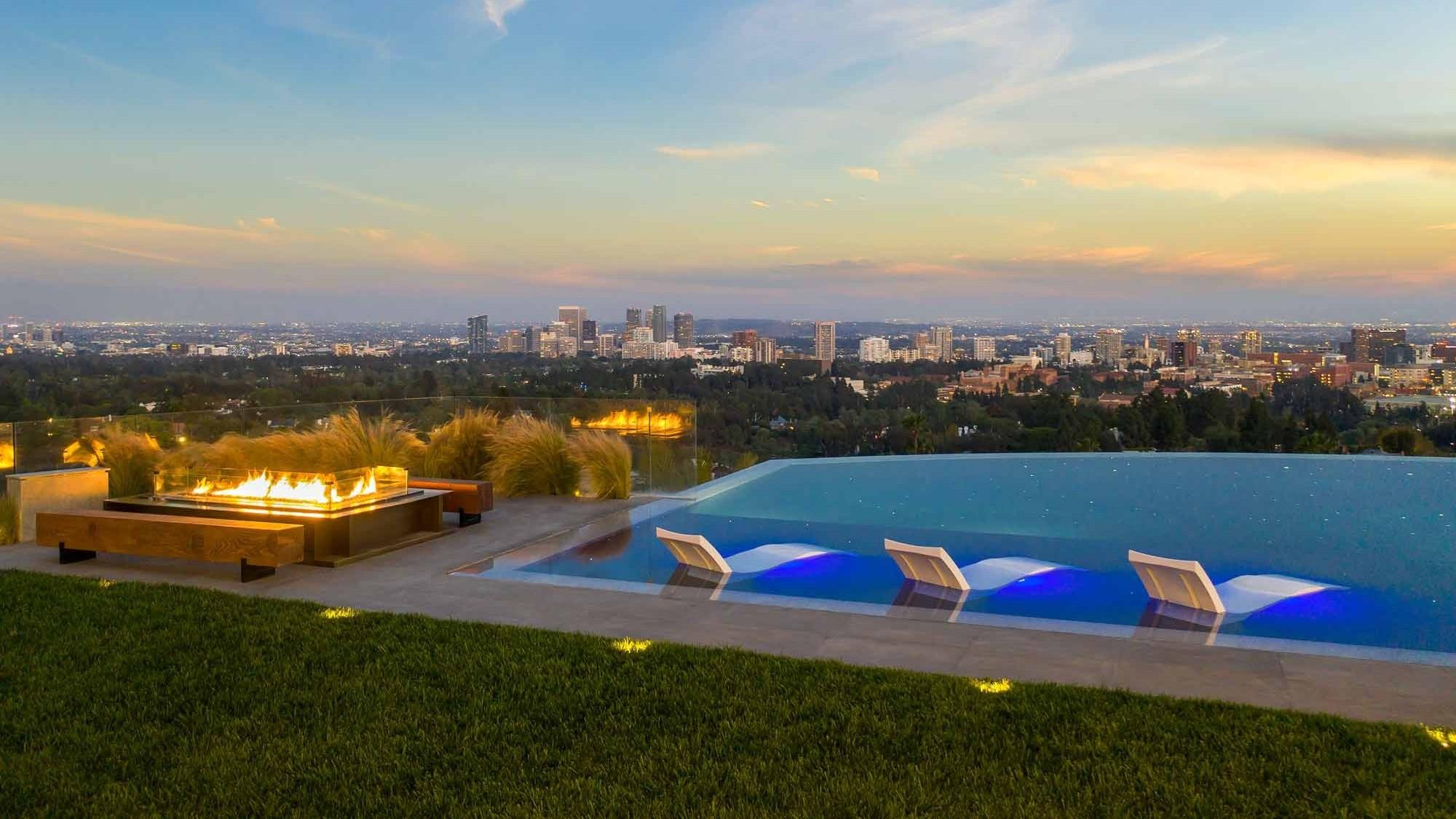 Palazzo Di Vista Blick auf den Infinity-Pool