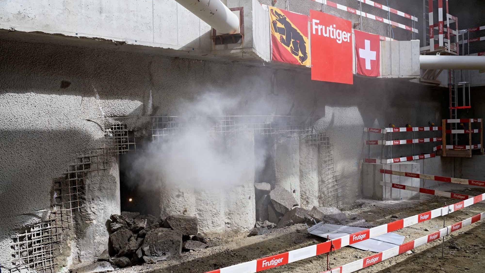 Durschlag Zufahrtstunnel Hirschenpark und Eilgut in Bern